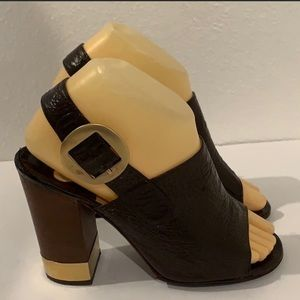 Authentic Chloe brown leather heels sandals sz 7.5